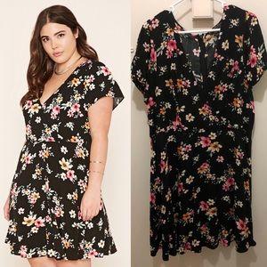 F21 Plus Black Floral Surplice Dress 3X
